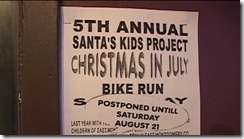 082110 SANTAS KIDS BIKE RUN 8