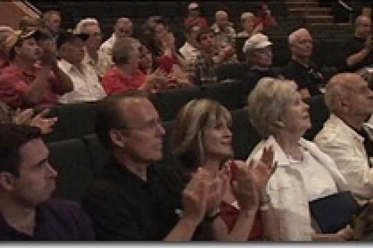 WORLD WAR TWO VETERANS GATHER TO VIEW LONE STAR HONOR FLIGHT VIDEO
