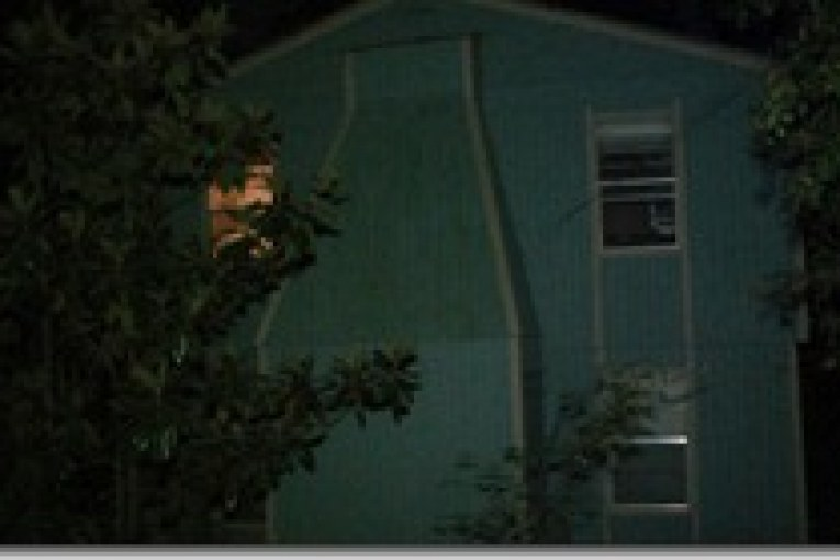 father shoots two children, one dead
