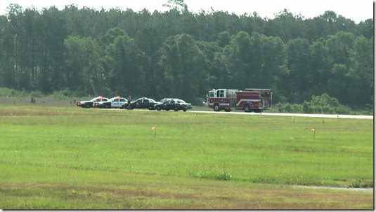 EXPERIMENTAL AIRCRAFT CRASHES NEAR CONROE AIRPORT KILLING TWO