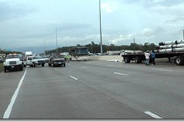 SEVERAL INJURED AS A DOZEN VEHICLES CRASH ON US 59 TUESDAY AFTERNOON