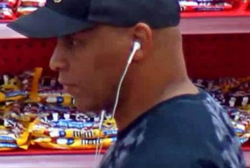 Police seeking identity of credit card suspect