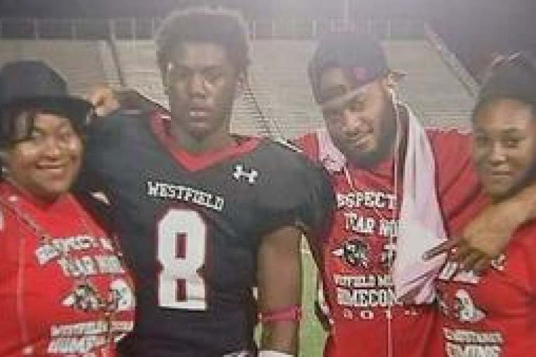 FORMER SPRING AREA FOOTBALL PLAYERS KILLED IN HEAD ON CRASH