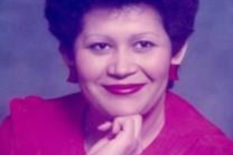 In Memory of Elsa Gonzales-Obituary