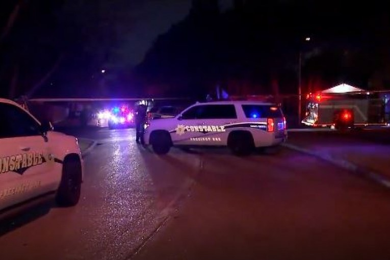 CARJACKING LEAVES ONE DEAD IN NORTH HARRIS COUNTY