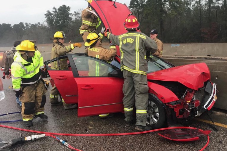 Saturday Morning Pile-up Leaves One Driver Trapped, Snarls I-45 Traffic