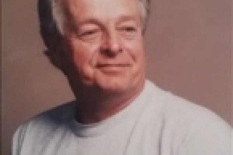 Obituary for PETER RUSSELL HOWARD