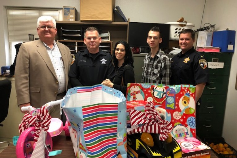 LCSO JOINS FORCES TO SPREAD CHRISTMAS JOY TO CHILDREN