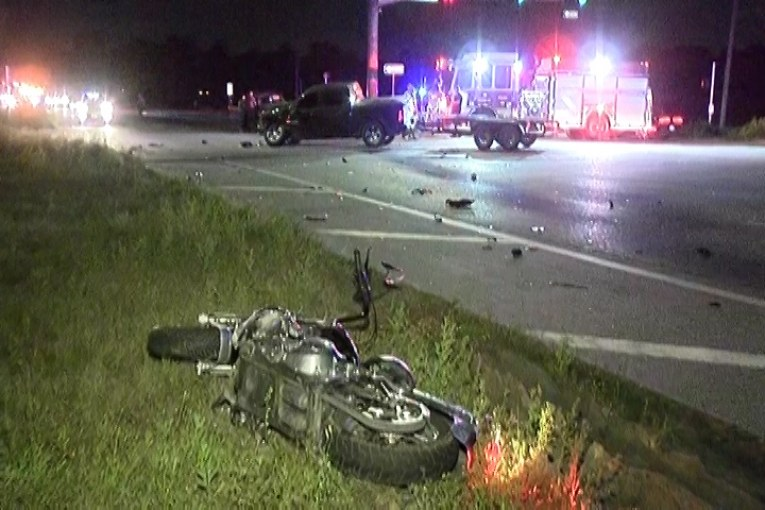 MAN LOSES LEG AFTER MOTORCYCLE CRASH ON FM 1314 – Montgomery