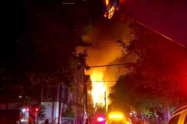Firefighter injured during 3-alarm apartment fire in Montrose