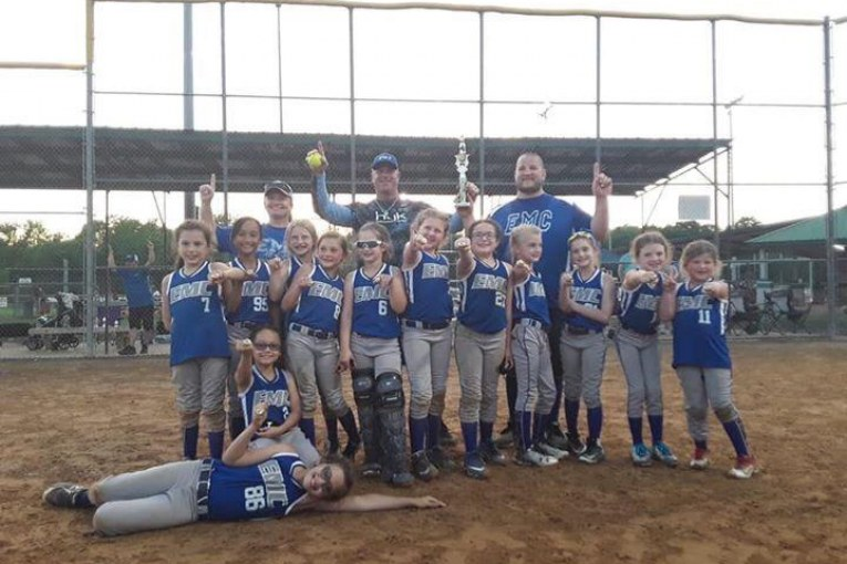 UNDEFEATED GIRLS SOFTBALL TEAM GOES TO STATE