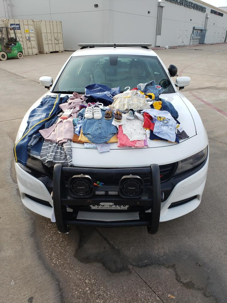 MOTHER USES CHILDREN TO STEAL MERCHANDISE