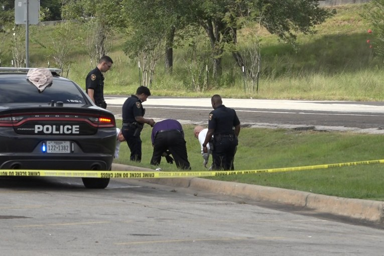 BODY FOUND IN DITCH ALONG US 59