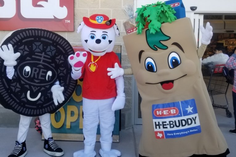 "Needham Firefighters partner with HEB to promote Operation ""Get Alarmed Montgomery County"""
