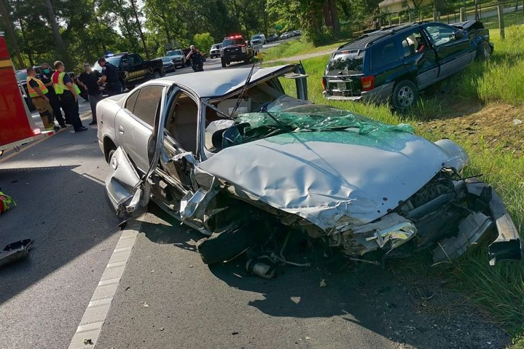 CRASH CLOSES FM 2090 TUESDAY AFTERNOON