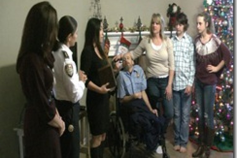 CAPTAIN WHO SURVIVED DEADLY FIRE HONORED
