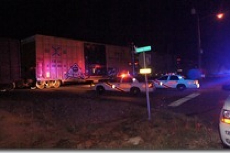 TRAIN / PEDESTRIAN ACCIDENT CLOSES CROSSING