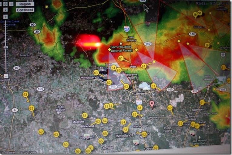 heavy rain moving into the area