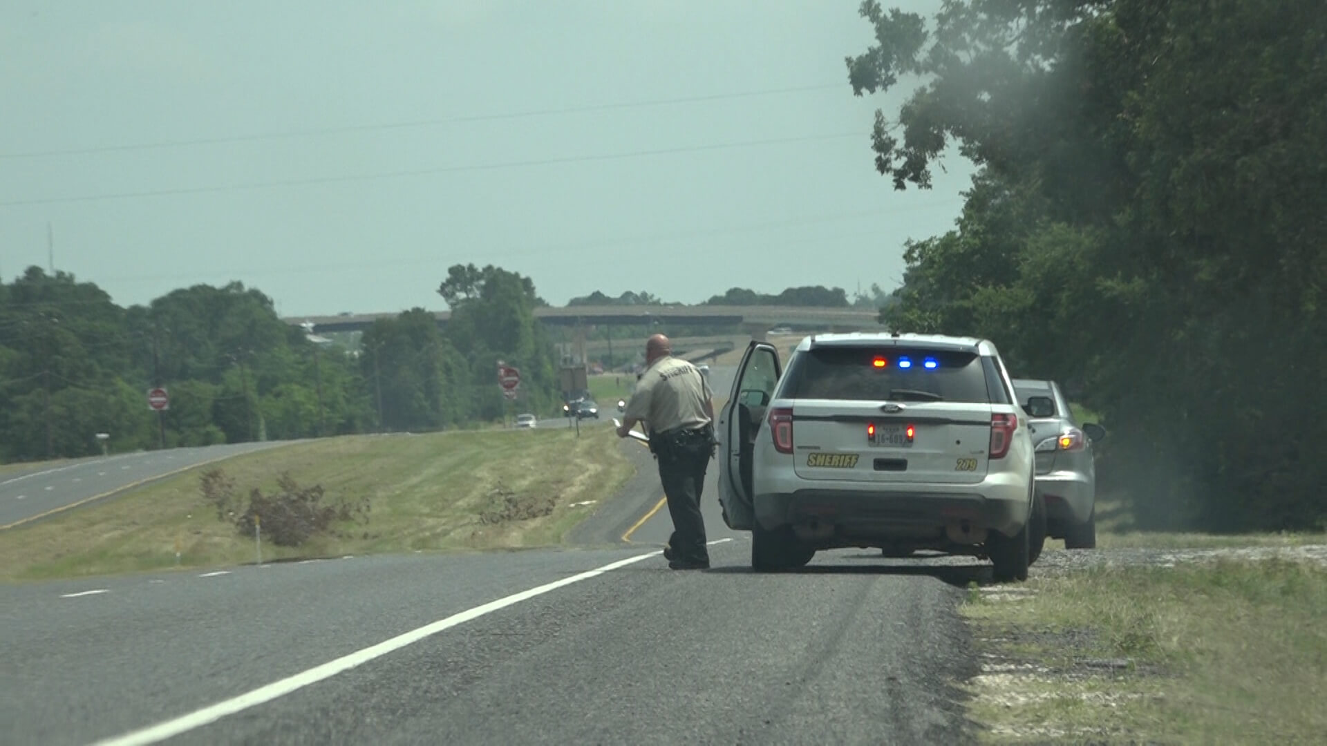LAW ENFORCEMENT TACKLE SLOW DOWN MOVE OVER LAW BREAKERS