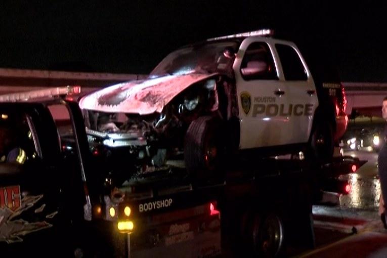 HOUSTON POLICE UNIT CRASHES AND BURNS