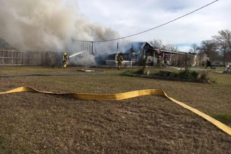 HOUSE  FIRE IN WILLIS