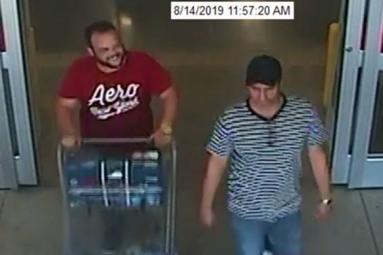 SUSPECTS WANTED FOR SKIMMING A VICTIM'S CREDIT CARD AND MAKING PURCHASES IN LEANDER, TEXAS