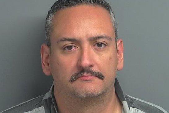 OAK RIDGE MURDERER WHO SKIPPED BOND IS CAPTURED ON THE BORDER