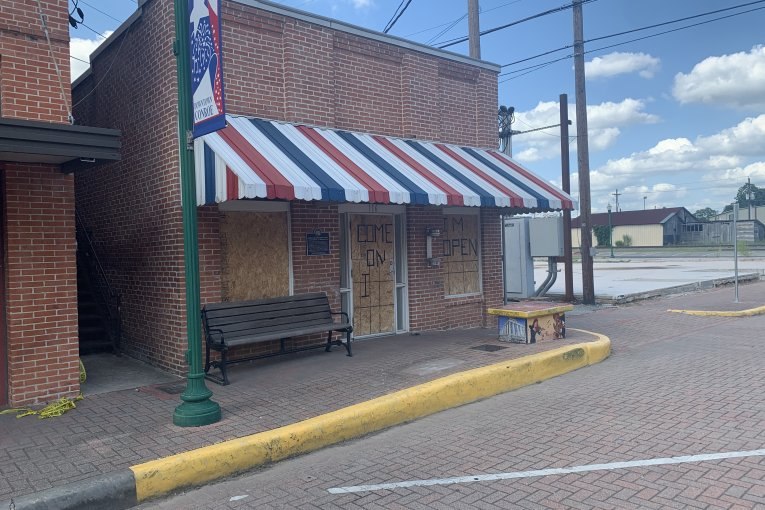 108 YEAR-OLD CONROE BARBER SHOP SUFFERS HEAVY DAMAGE AT THE HANDS OF A HOMELESS MAN WITH MULTIPLE PRIOR ARRESTS